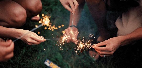 fireworks-girls.png