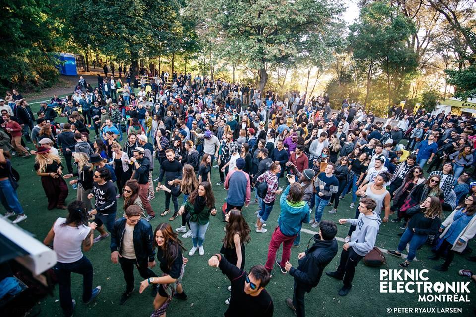 Piknic crowd