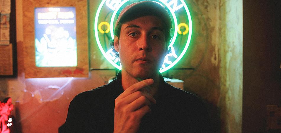 "Marcelo Deiss delivers political blues rock with new single ""Gridlock"" - EARMILK"